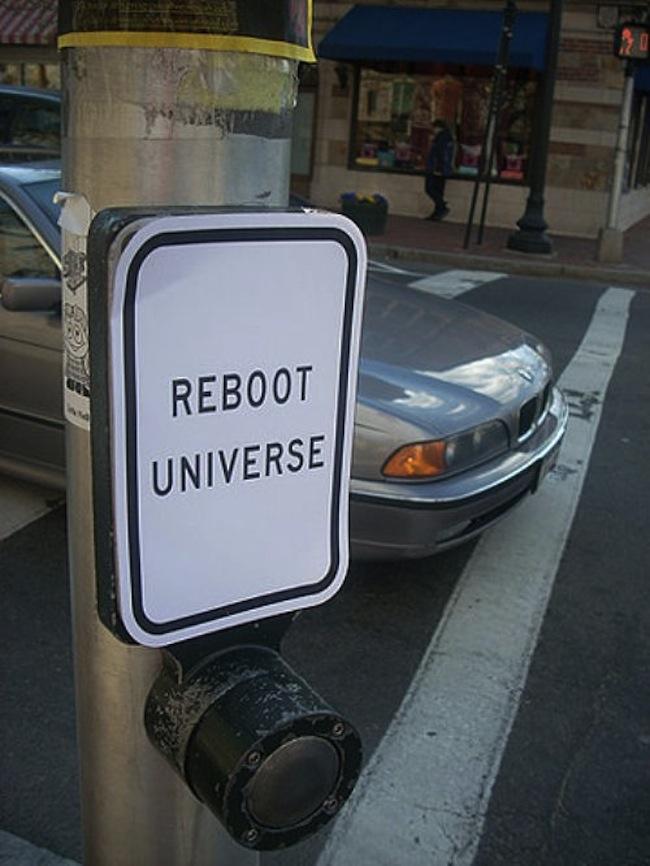 Street_art_october_16-rebot-universe